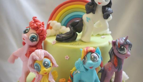торт на день рождения пони